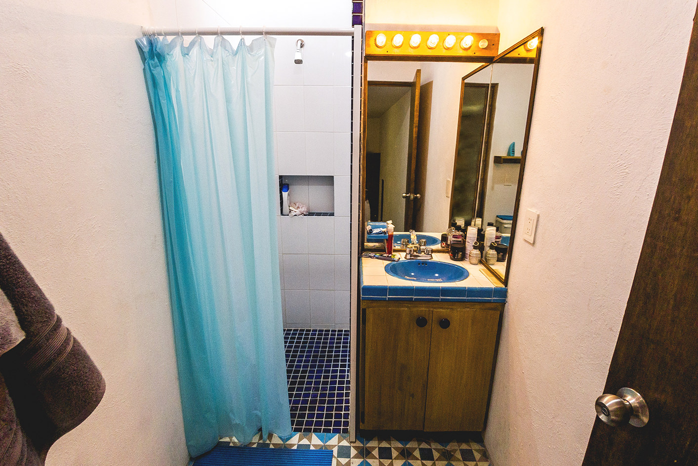 Room Blue + Private Bathroom