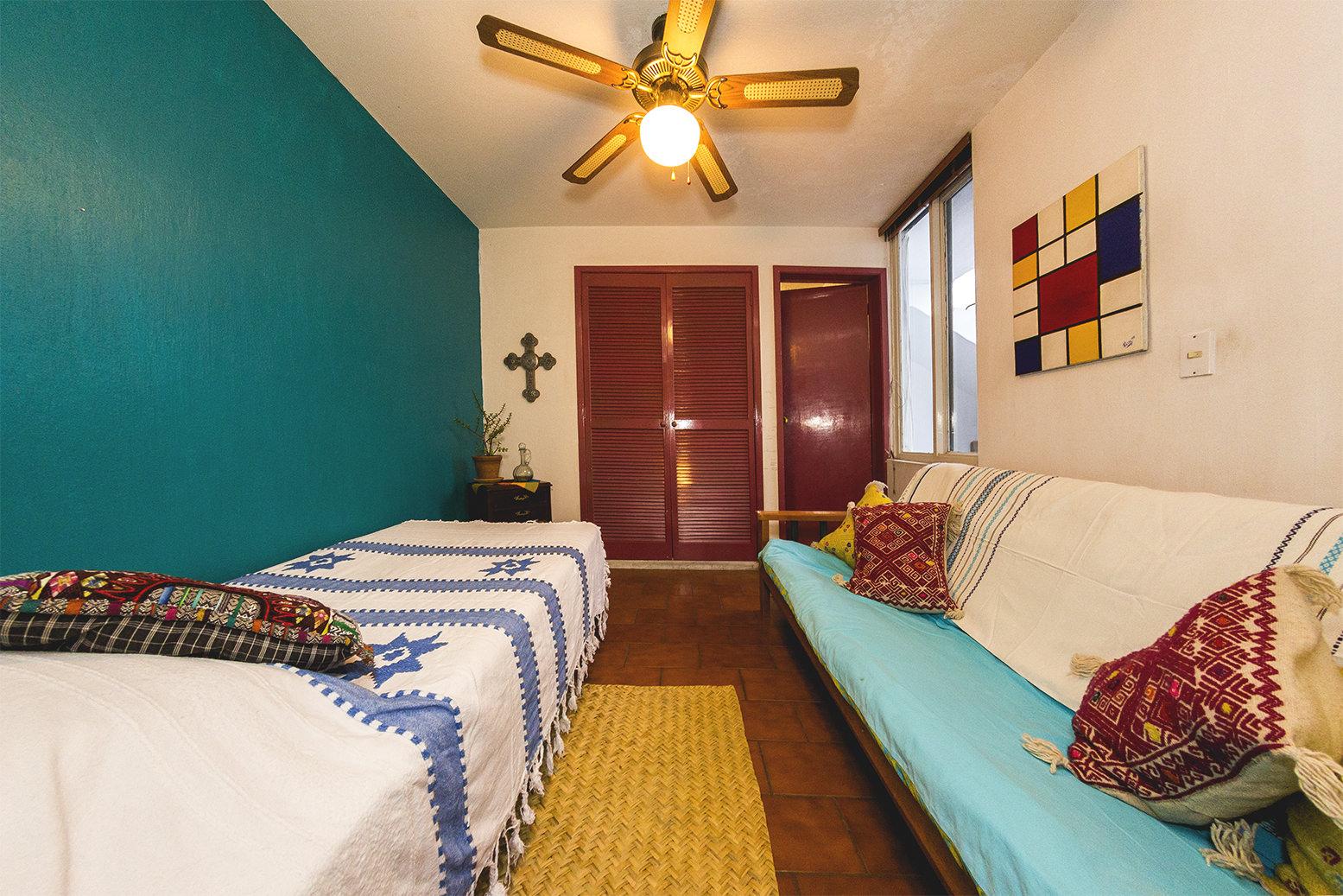Medium Size Room + Private Bathroom + Big House